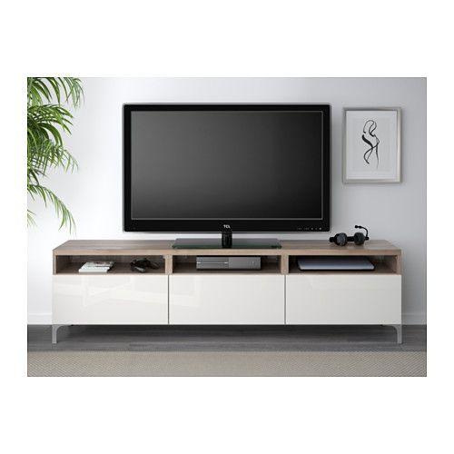 BESTÅ Banc TV avec tiroirs - motif noyer teinté gris/Selsviken brillant/blanc, glissière tiroir, ouv par pression - IKEA - 245 €