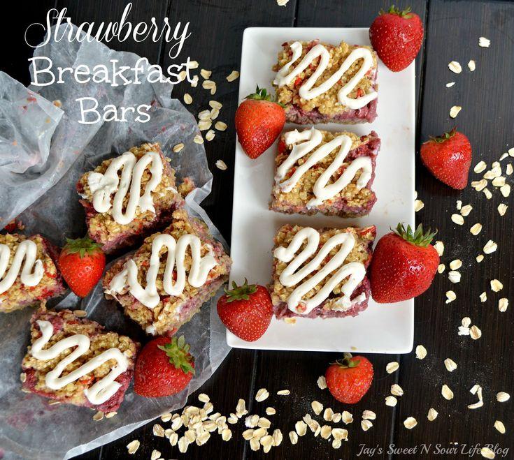 Strawberry Breakfast Bars - Start Ur Morning Off right w/ A #QuakerTime Strawberry Breakfast Bars Recipe 4 Back2School #ad