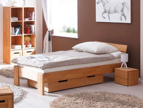 Lastenhuone on paikka, jossa lapsi viettää paljon aikaa. Mitä kalusteita sinun lastenhuoneessasi on? Mistä materiaaleista on tehty sänky? Entä kaappi? Mieti, kuinka terveellinen lastenhuone kotonasi? Muista käyttää luonnonmateriaaleja ja tehdä säännöllinen siivous lastenhuoneessa☝👼Olkoot kaikki lapset terveitä ja onnellisia!✨☺️☀️ . . 📷Kuvassa on Korkea Sänky Seti massiivipyökistä, 80x190, hinta 573,21 euroa💶 . . #makuuhuone #lastenhuone #sänky #puinensänky#makuuhuoneensisustus…