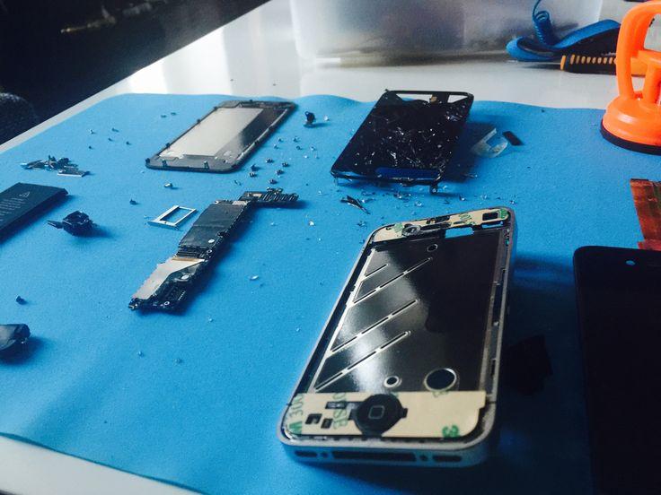 Oprava iPhone / iPhone repair