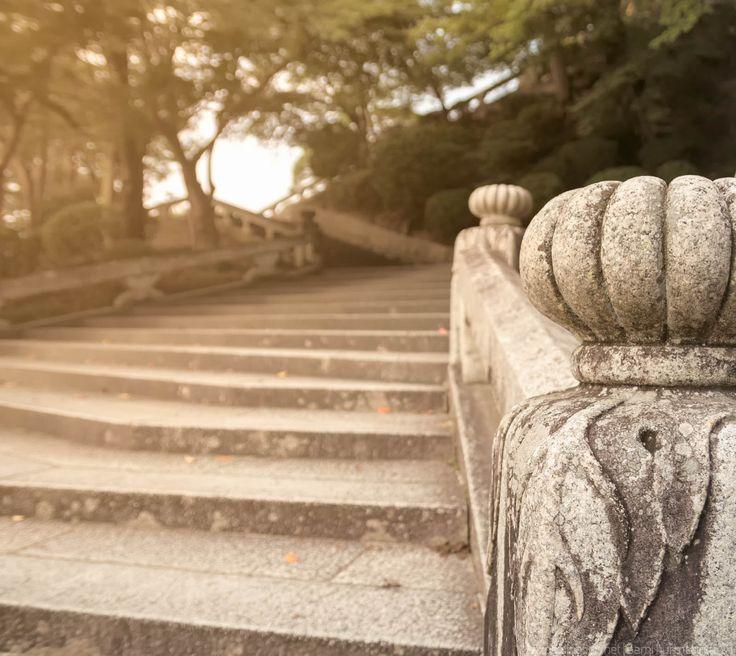 Ornate stairs at the Kiyomizudera temple in Kyoto, Japan by Sami Hurmerinta / Explodingfish.net