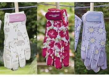 #gloves #lauraashley #garden
