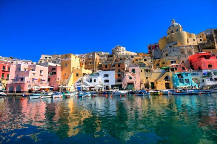 Pulau Procida, Italia