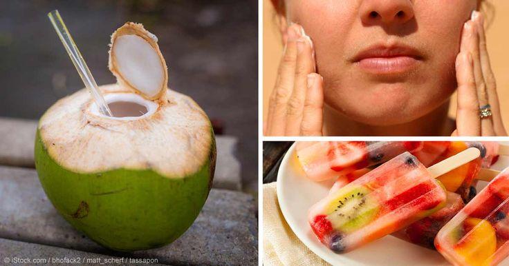 En los últimos años, el agua de coco se ha convertido en una bebida de moda entre los deportistas y los adictos a la bebida sana. http://articulos.mercola.com/sitios/articulos/archivo/2015/09/08/12-usos-del-agua-de-coco.aspx