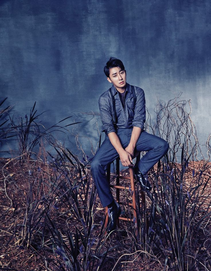 Korean Magazine Lovers (Kim Yoo Jung and Son Ho Joon - Vogue Magazine...)