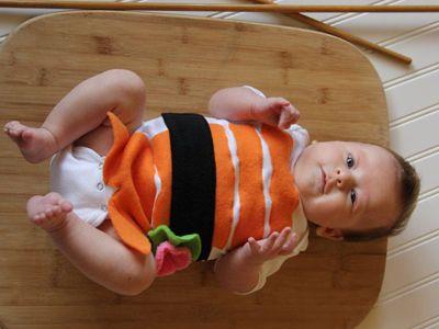 Si est s pensando en hacer un disfraz a tu beb con tus - Como hacer un disfraz de bebe ...