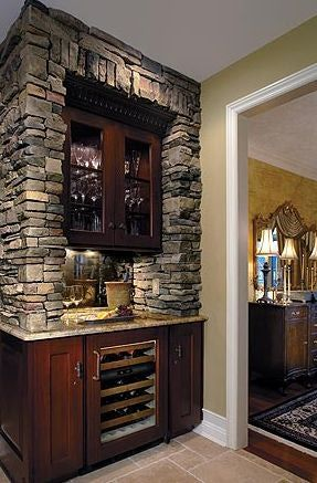 paint a faux stone wall | Kitchen Wall Ideas - Stone Veneer Around Bar