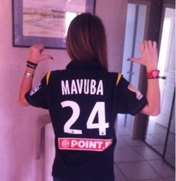 """""""Voilà le maillot de Rio Mavuba que j'ai gagné :)"""""""