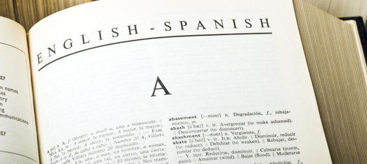 No te pases de listo: palabras extranjeras que no debes usar porque ya existen en español Un extranjerismo es un vocablo o expresión que un idioma toma de otro. A veces, no queda más remedio que emplearlos. Otras, lo hacemos por vaguería o desidia
