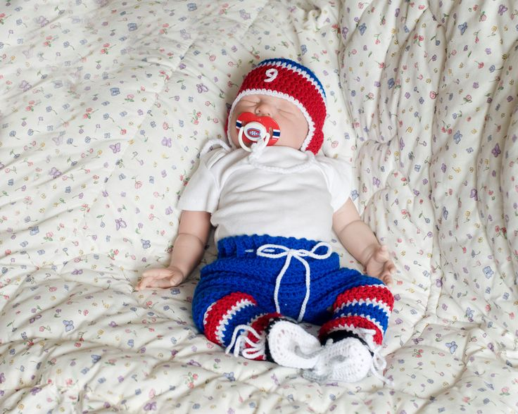 BABY HOCKEY OUTFIT Montreal Canadiens pacifier not included, Grandmabilt Crochet Hockey Outfit, Hockey Baby Boy, Baby Knit Hockey Skates by Grandmabilt on Etsy