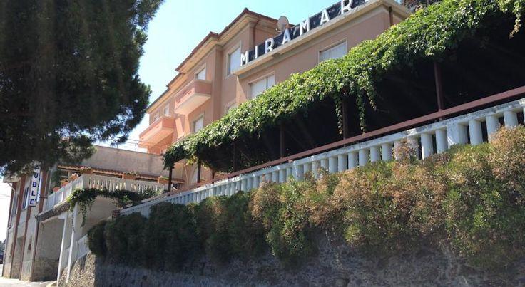 Booking.com: Albergo Miramare - Bergeggi, Italia