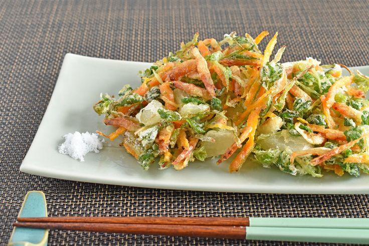 天ぷら粉不使用!野菜のかき揚げ by はっとりみどり / そのままはもちろん、かき揚げ丼やそうめんにもマッチする、野菜たっぷりのかき揚げです! / Nadia
