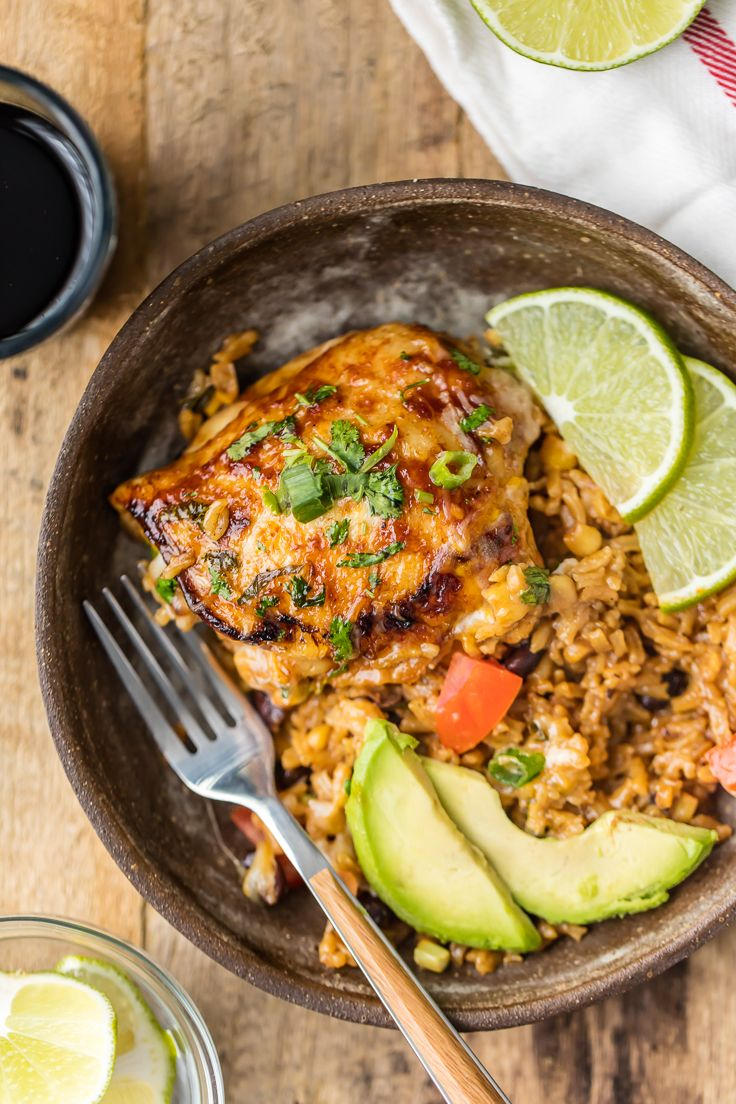 ONE PAN BBQ RANCH CHICKEN SKILLET, the perfect easy recipe for families! Best…