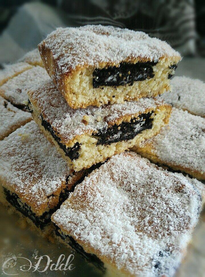 Brownies al cioccolato bianco e biscotti Oreo