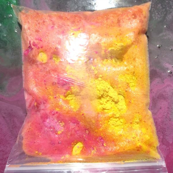 """Exploding Art-Paint Bags from Growing A Jeweled Rose... ziplock bags, vinegar & powder paint or crushed chalk - Add roughly 1/3 cup of vinegar to a standard size ziplock bag. Then add roughly 2 tablespoons of powder paint. Once you add the paint or chalk quickly seal the bag and set it down (Do not squeeze the air out of the bag as you seal it).  Lay the bag on paper. The bag will expand until it POPS into an eruption of colour! ("""",)"""