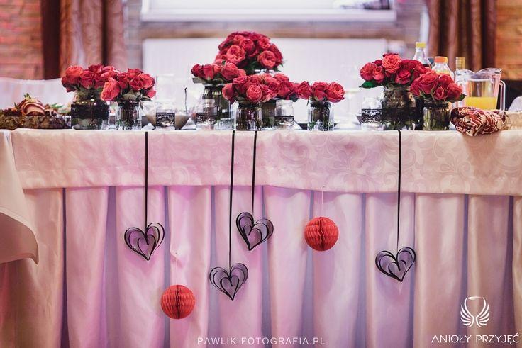 19. Rock Wedding,Table decor,Roses,Paper decor / Rockowe wesele,Dekoracja stołu,Róże,Papierowe dekoracje,Anioły Przyjęć