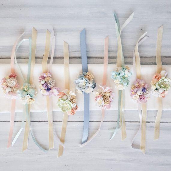 Flower wrist corsage, bridesmaides corsage, flower bracelet, bridal corsage…