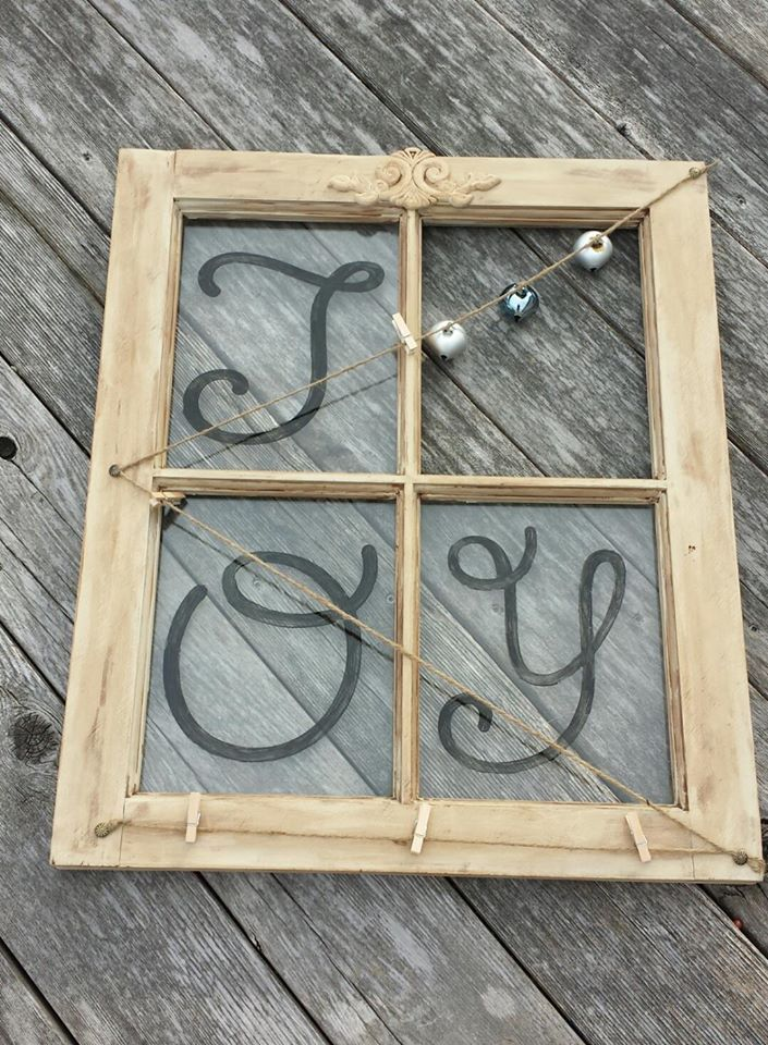 This is what you get when you take an old window, a wood applique, chalk paint, rope and a couple of clothes pins. Awesome for xmas cards