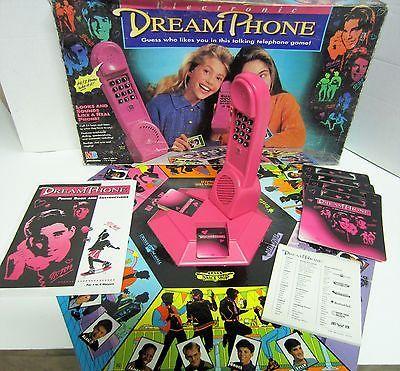 1991 MB Electronic DREAM PHONE talking telephone board game