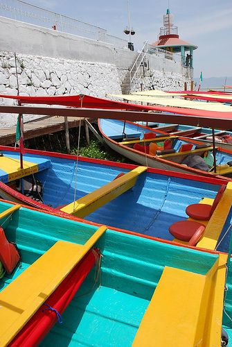 Chapala Pier Boats by StevenMiller, via Flickr / Lake Chapala, Ajijic, Mexico