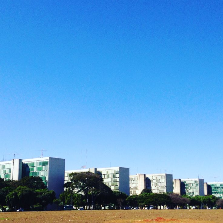 Esplanada dos Ministérios + Céu de Brasília