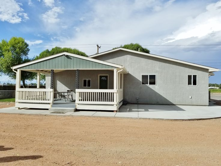 Beautiful sprawling rancher in the mesa almost 2 acres