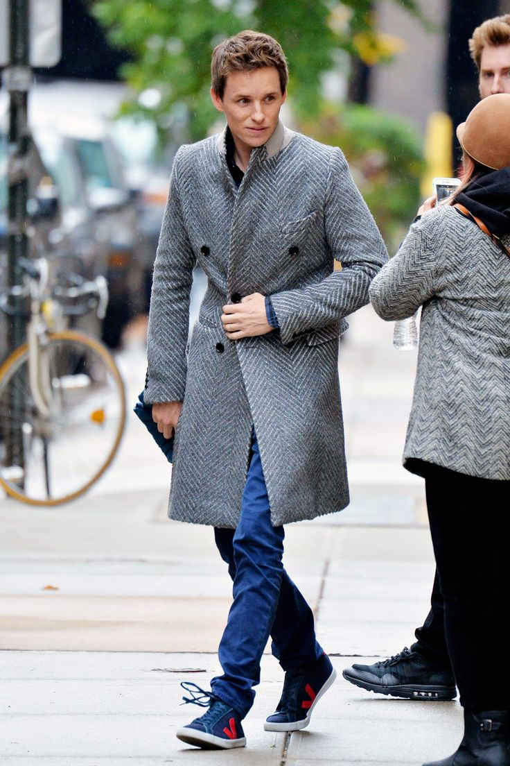 Eddie Redmayne's statement overcoat from Burberry is an easy way to pull an outfit together.