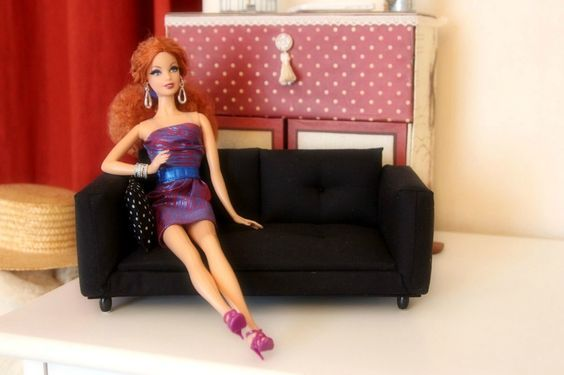 Tuto canapé pour Barbie                                                                                                                                                                                 Plus