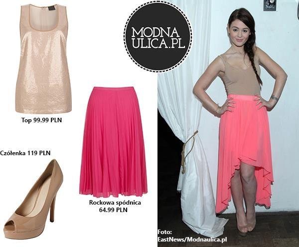 Co myślicie o stylizacji - Honey - 20-letniej wokalistki i blogerki? Różowa spódnica, cekinowy top i czółenka w kolorze nude na grubym podbiciu. Cały zestaw do kupienia w sklepach TK Maxx!