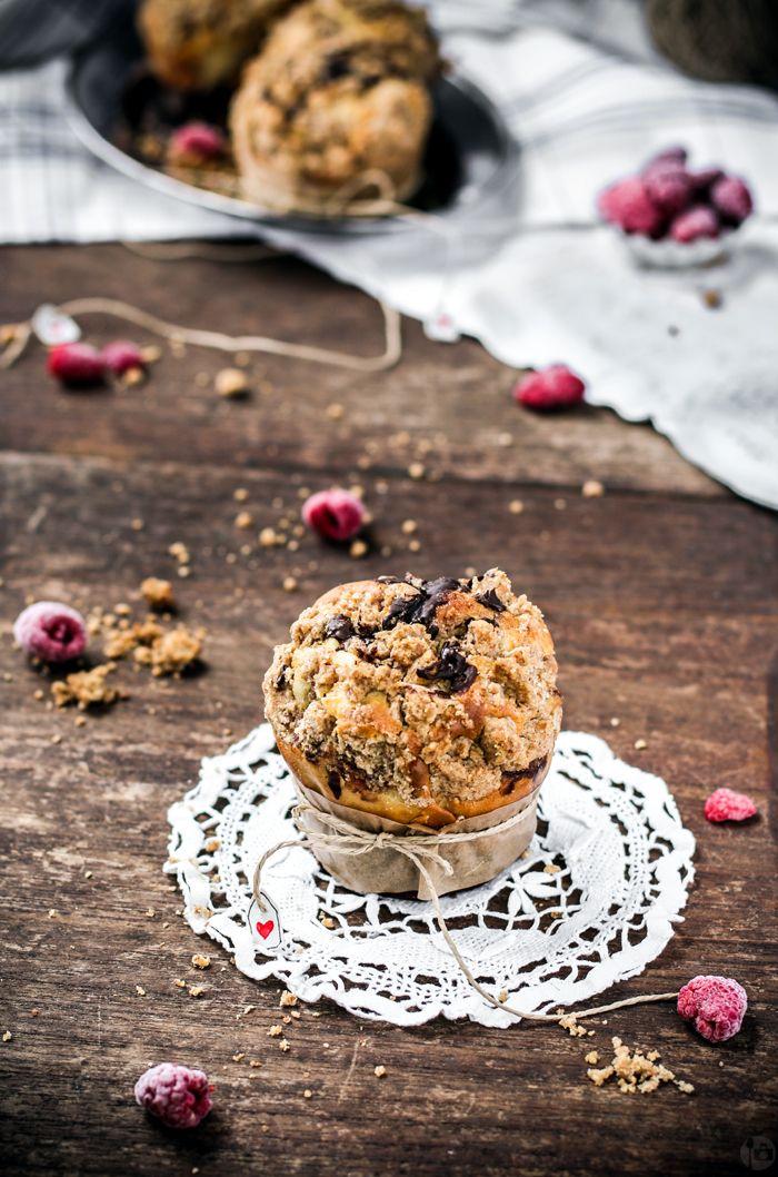 Un cucchiaio di Fotografia: individuali marmorizzate Torte con lamponi, ricotta e granella {perfetta per il vostro San Valentino}