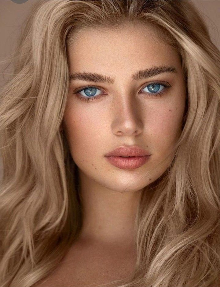 Extremamente Bella Beautiful Eyes Beautiful Girl Face Beauty Face