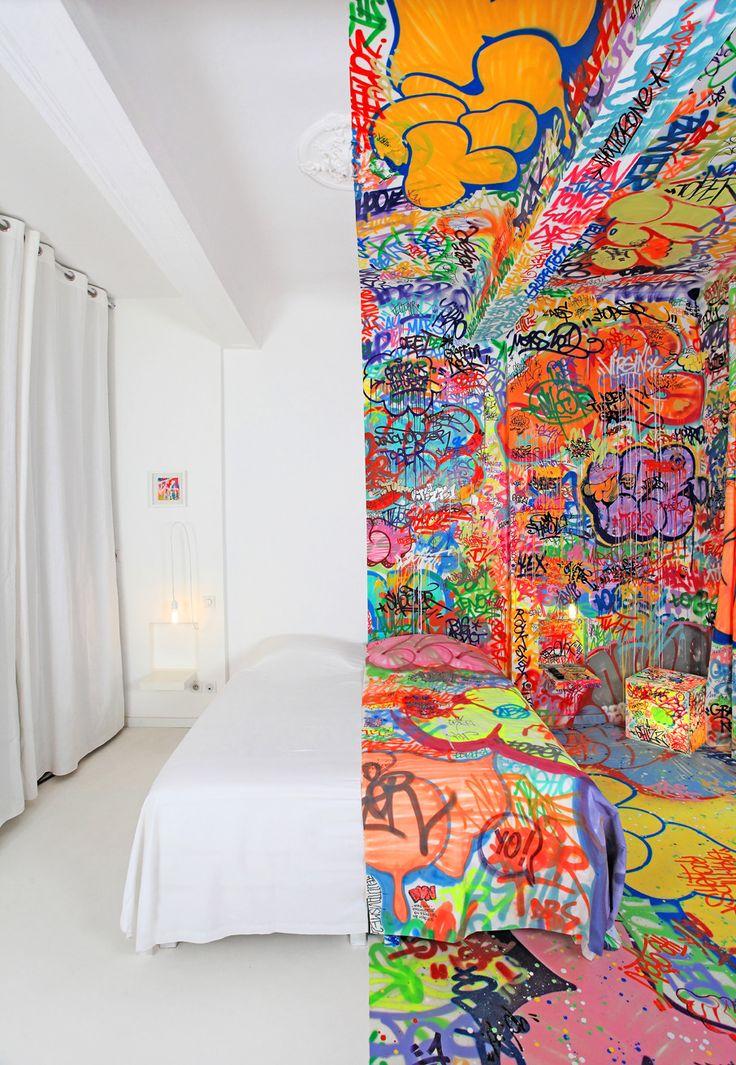 Half Graffiti Hotel Room.Street Artists, Hotels Room, Colors, Interiors Design, Marseille France, Panicroom, Bedrooms, Panic Rooms, Graffiti Artists