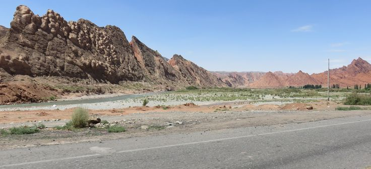 https://flic.kr/p/KdLn31   Southern Tian Shan Landscape (Kuqa County, Xinjiang)   As seen from China's Highway G217 between Bayanbulak and Kuqa in Kuqa County of Xinjiang's Aksu Prefecture