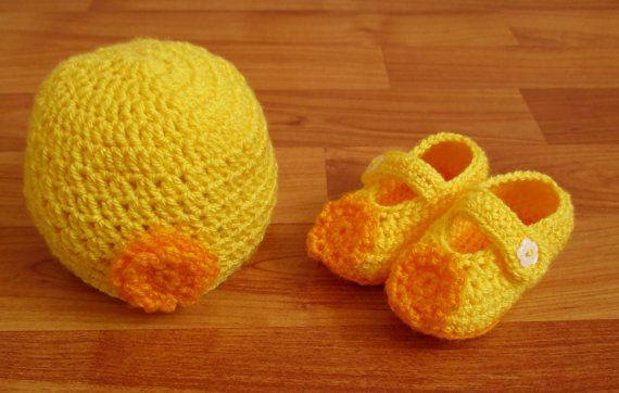 Crochet Baby Hat and Booties Set, Yellow Crochet Baby Girl Hat and Booties Set