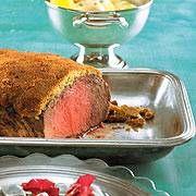 Dieser schnelle Weihnachtsbraten steht schon nach einer Stunde auf der Festtafel. Leckere Beilagen: Radicchiosalat und Sahnekartoffeln