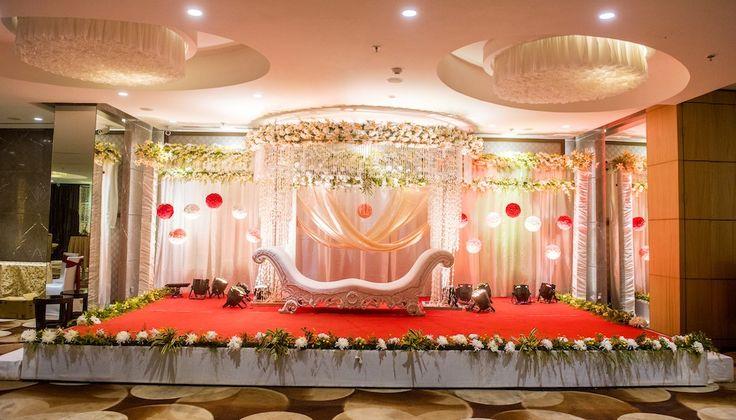 #bookeventz #weddingstage #weddingdecor #stagedecor #wedding