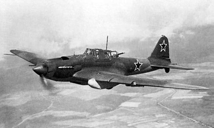 """ИЛ-2 немцы называли """"Черная смерть""""."""