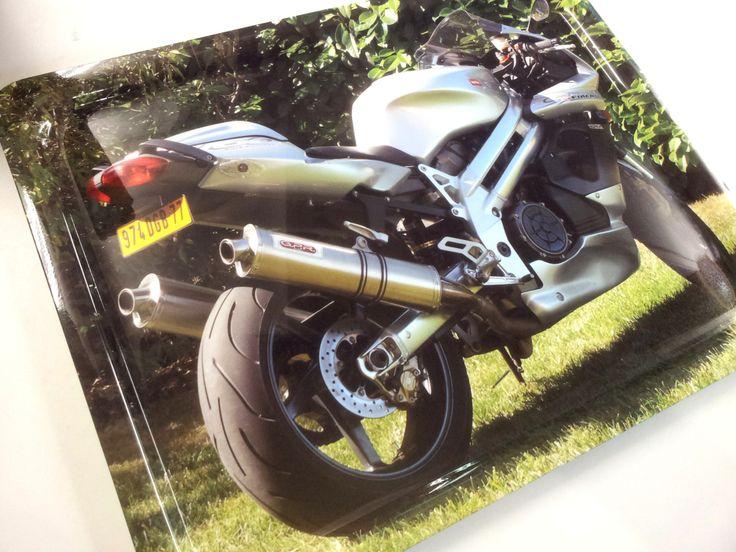 Vassoio con la fotografia della proprio moto