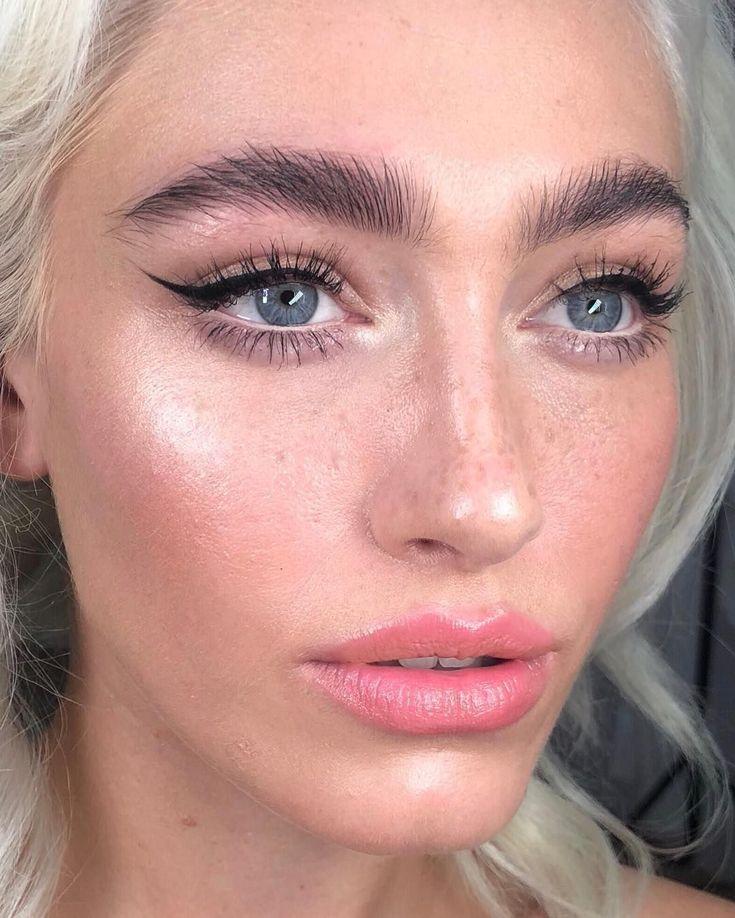 The Best Eyeliner for Eyelash Extensions: 8 Oil-Free ...