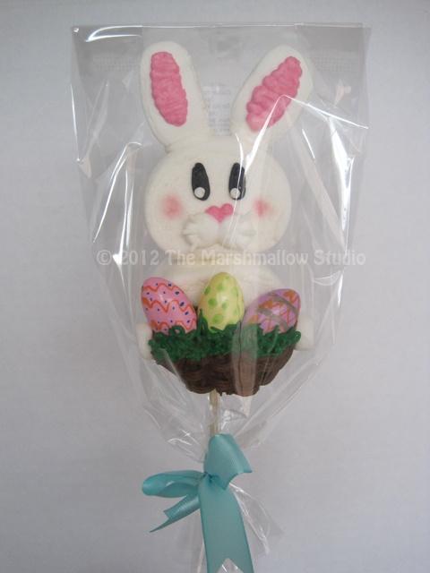 Easter Bunny with basket & eggs Marshmallow Bombon