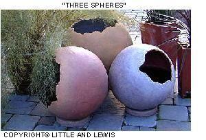 Kugeln aus Zement oder Beton ....  hollow concrete balls