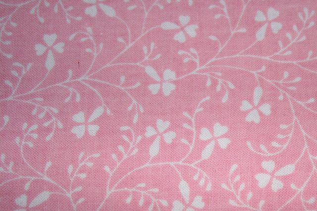 Vintage Laura Ashley Campion in pink. This was my childhood wall paper, curtains and bed linen. Love it.