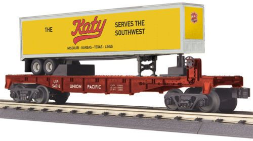 MTH-Railking-O-Gauge-Trains-Union-Pacific-UP-Flat-Car-w-039-40-039-Trailer-30-76661