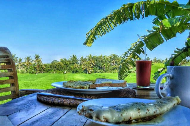 http://baliharmonyvilla.com/ Breakfast at Bali Harmony Villa - Villa Sungai