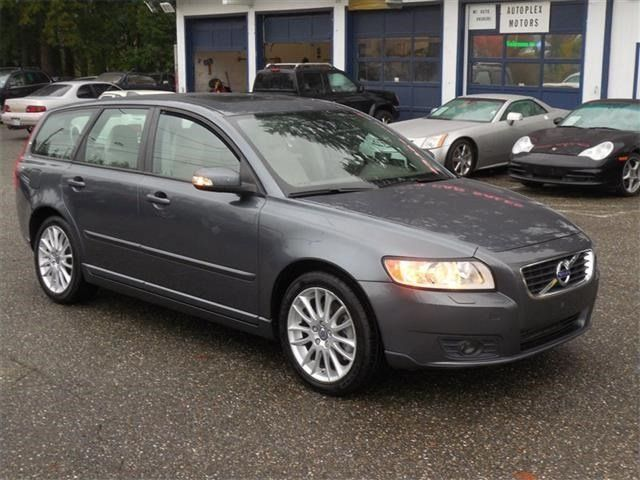 +2011 Volvo V50 T5 textile seats in LYNNWOOD, WA 98037: Wagon Details - 444088404 - Autotrader