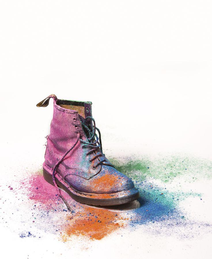 Ali Boin Photography #aliboin #surrealism #photography #conceptual #colour #powder #product #docmartens