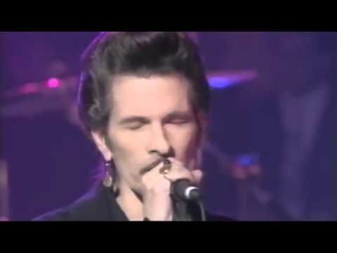 Bon Jovi ft Willy DeVille ~ Save The Last Dance For Me ~ Live 1996 on TV - YouTube