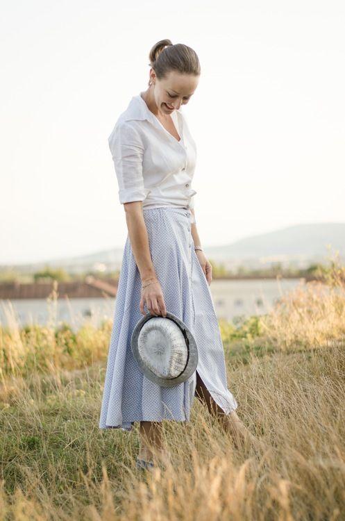 ReNika.cz wearing: HM basic vest top, Kookai shirt, vintage skirt, Replay espadrilles, Claire's hat, Judith Benita bracelet   Photo by Glenneroo