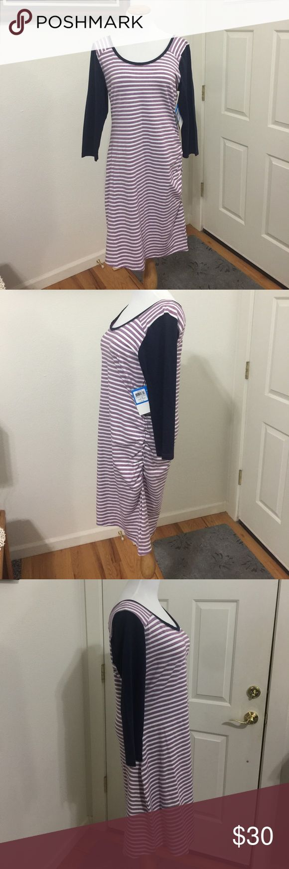 "Columbia Sportswear Company Dress Very comfortable dress, one side has a gather down the side. 38"" Long, Blue purple and white. Columbia Dresses Midi"