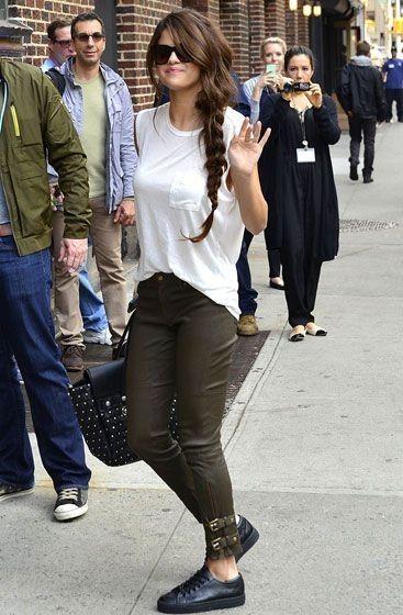 Fotografían a Selena Gómez después de llorar la noche anterior en un concierto... - Selena Gomez Style